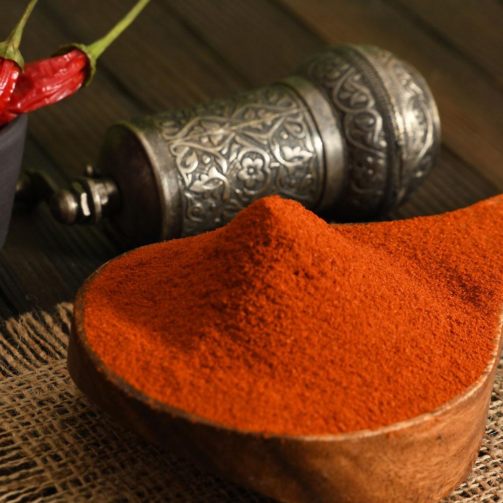Ev Yapımı Doğal Kırmızı Toz Biber (Acısız)